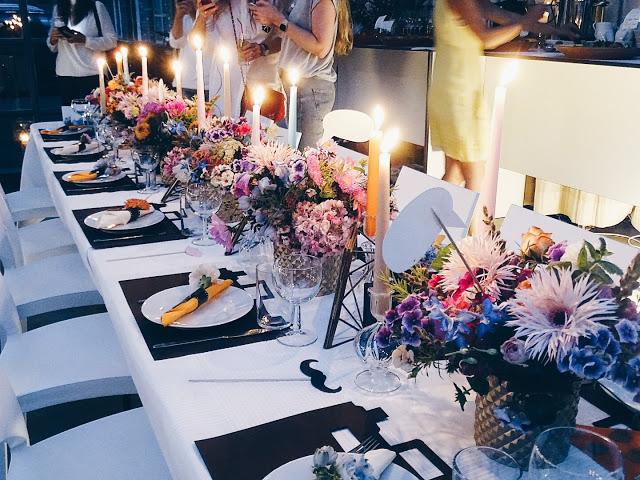 Auf der Mammilade|n-Seite des Lebens | Personal Lifestyle Blog | workshop | sisterMAG loves CEWE | blogger event | candy colors | Fotostudio | Studiolichtstraße | Köln | Tischdeko | Candlelight Dinner