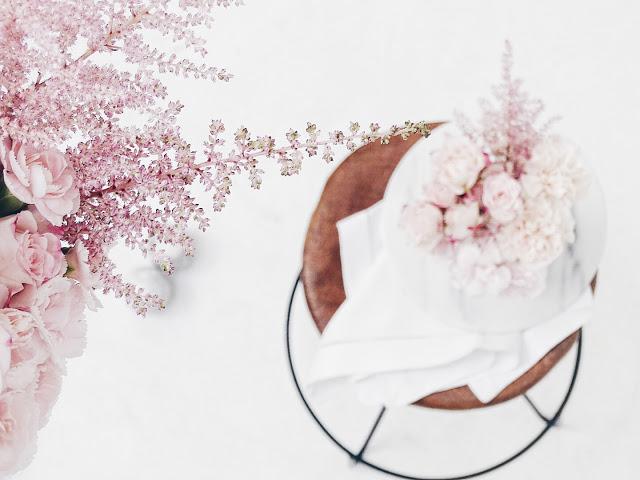 Auf der Mammilade|n-Seite des Lebens | Personal Lifestyle Blog | workshop | sisterMAG loves CEWE | blogger event | candy colors | Fotostudio | Studiolichtstraße | Köln | Blumen | Rosen | Rosé | Stillleben | Rosé Quarz