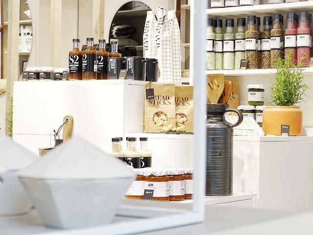 Auf der Mammilade|n-Seite des Lebens | Personal Lifestyle Blog | Shopvorstellung | Interview | Neue Bude Dortmund | Interior | Design | skandinavisches Design | monochrom | modern | Wohninspration | Nicolas Vahe