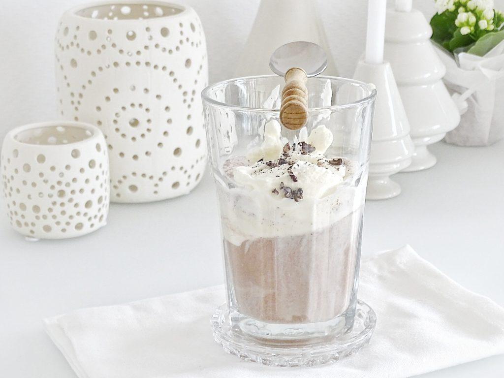 Auf der Mammilade|n-Seite des Lebens - Personal Lifestyle Blog - Herbst - Winter - Rezept - Affogato mit Kakao, Sahne, Vanille, Schokolade, Vanilleeis und einem Hauch Meersalz