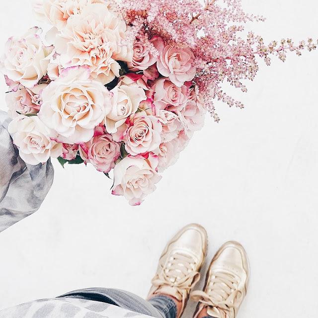 Auf der Mammilade|n-Seite des Lebens | Personal Lifestyle Blog | workshop | sisterMAG loves CEWE | blogger event | candy colors | Blumen | Blumenstrauß | Rosen | Nelken | Rosé Quarz