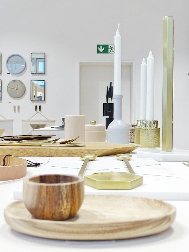Auf der Mammilade|n-Seite des Lebens | Personal Lifestyle Blog | Shopvorstellung | Interview | Neue Bude Dortmund | Interior | Design | skandinavisches Design | monochrom | modern | Wohninspration | Accessoires gedeckter Tisch