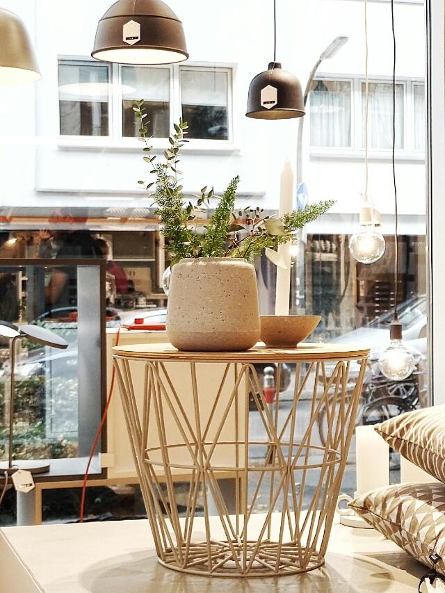 Auf der Mammilade|n-Seite des Lebens | Personal Lifestyle Blog | Shopvorstellung | Interview | Neue Bude Dortmund | Interior | Design | skandinavisches Design | monochrom | modern | Wohninspration | Wire Basket