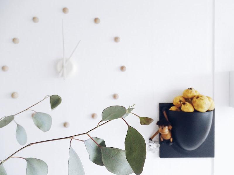 Auf der Mammilade|n-Seite des Lebens | Personal Lifestyle Blog | 5 Lieblinge und Inspirationen der Woche | frische Quitten | DIY Wanduhr mit Holzhalbkugeln | Eukalyptus