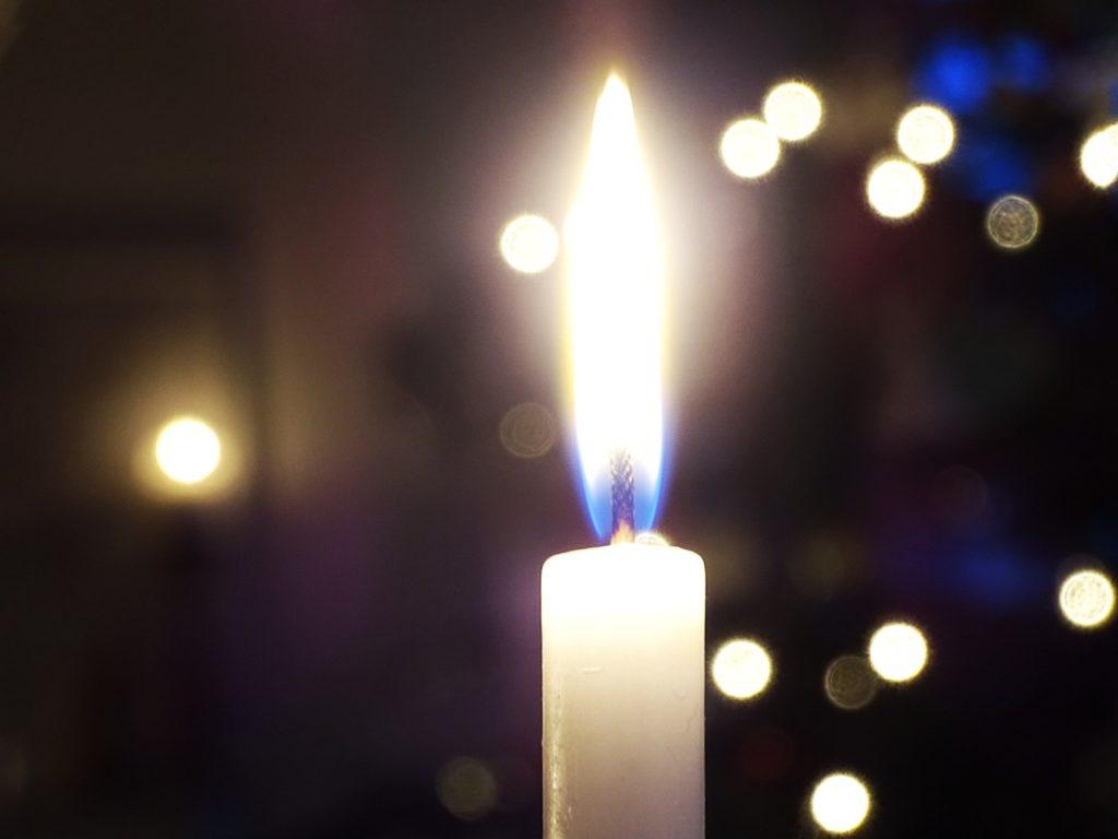 Auf der Mammilade|n-Seite des Lebens | Personal Lifestyle Blog | 5 Lieblinge und Inspirationen der Woche und Frohe Weihnachten | Weihnachtsdeko | Lichter | Bokeh | Kerzenschein