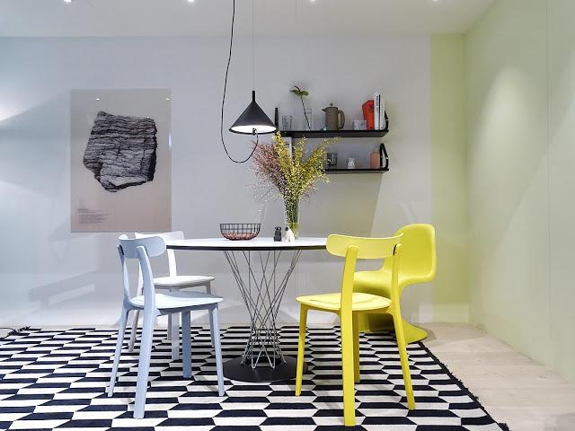 Auf der Mammiladen-Seite des Lebens | Personal Lifestyle Blog | Lieblinge und Inspirationen der Woche | Impressionen IMM 2017 Köln | Vitra Essecke, Stühle, Tisch
