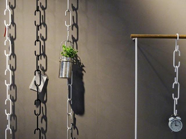 Auf der Mammiladen-Seite des Lebens | Personal Lifestyle Blog | Impressionen und Trends der Ambiente Messe 2017 in Frankfurt | Industrial Design | Metall Garderobe und Wand-Aufbewahrung