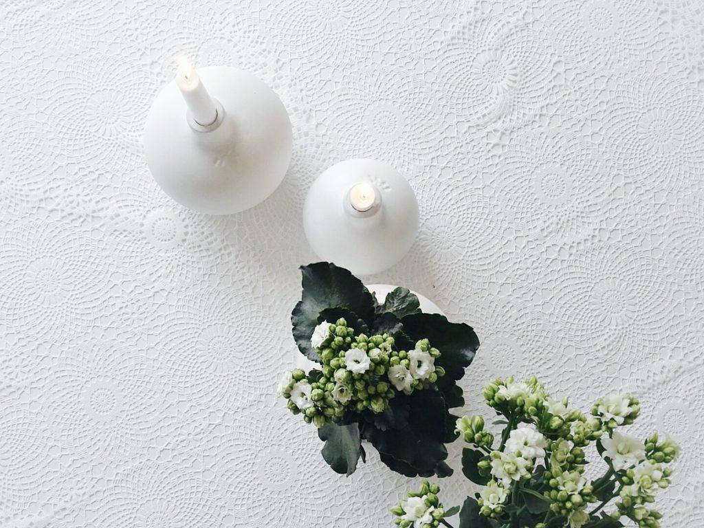 Auf der Mammilade|n-Seite des Lebens | Personal Lifestyle Blog | Lieblinge und Weiß|s|heiten der Woche | weiße Kalanchoe als Topfpflanze und für die Vase