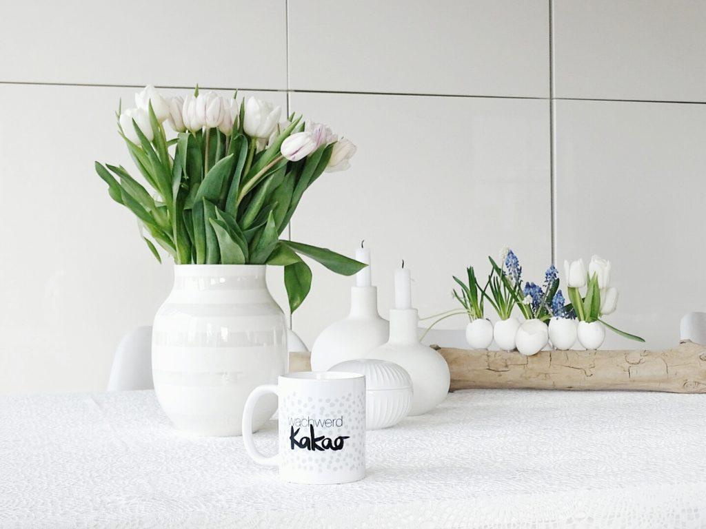 Auf der Mammilade|n-Seite des Lebens | Personal Lifestyle Blog | 1 Tag in 12 Bildern | Fotoaktion 12 von 12 | Frühlings-DIY-Deko mit Frühblühern und Tulpen