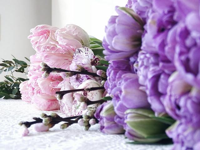 Frühlingsblumen für ein DIY-Gesteck | Tulpen und Ranunkeln | Auf der Mammilade|n-Seite des Lebens | Personal Lifestyle und Interior Blog