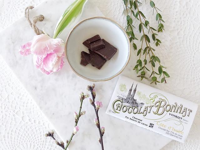 Frühlingsblumen | Schokolade aus Frankreich | Chocolat Bonnat | Auf der Mammilade|n-Seite des Lebens | Personal Lifestyle und Interior Blog