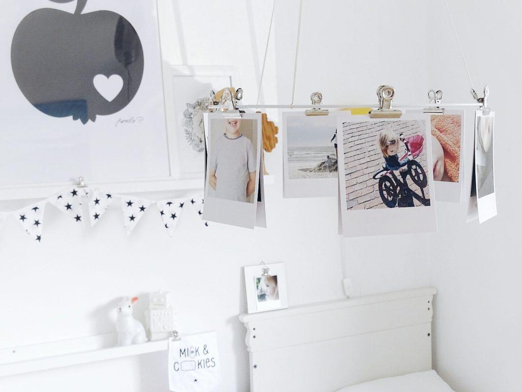 Mobilé mit Fotos | 3 schnelle DIY-Ideen für das Aufhängen von Lieblingsfotos | Buchvorstellung Lieblingsbilder DIY-Projekte mit Fotos von Ina Mielkau | Auf der Mammilade|n-Seite des Lebens | Personal Lifestyle und Interior Blog