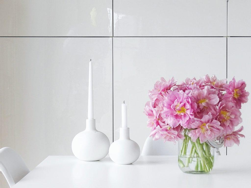 DIY-Ostereier-Vasen im Grasnest hängend für den Osterstrauch | Tulpen pink | Inspirationen | Personal Lifestyle, DIY and Interior Blog | Auf der Mammiladen-Seite des Lebens