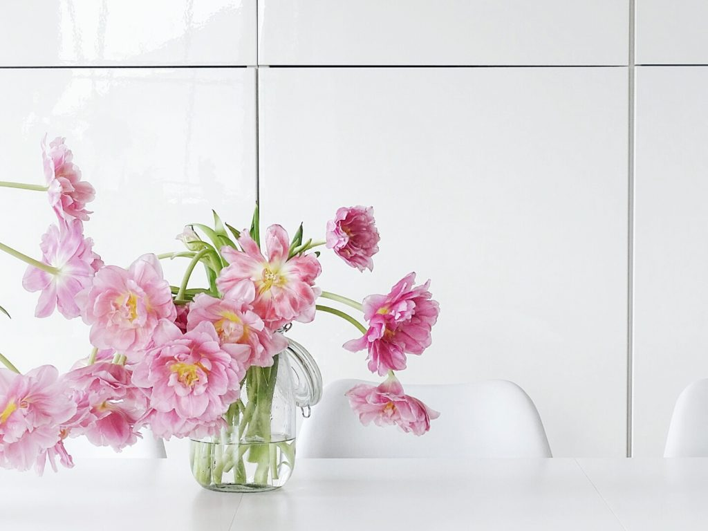 DIY-Ostereier-Vasen im Grasnest hängend für den Osterstrauch| Tulpen pink | Inspirationen | Personal Lifestyle, DIY and Interior Blog | Auf der Mammiladen-Seite des Lebens