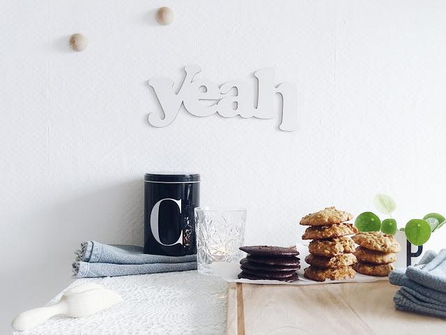 2 zuckerarme, gesunde Keksrezepte | Schokokekse ohne Zucker und Gluten | Zuckerarme Haferflocken-Dattel-Kekse mit Ahornsirup | 12 Einblicke in den Familienalltag | Personal Lifestyle, DIY and Interior Blog | Auf der Mammiladen-Seite des Lebens