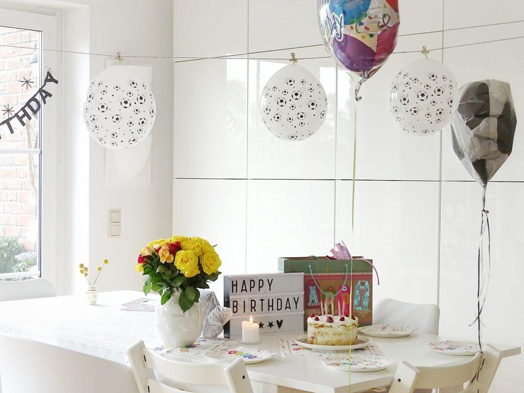 DIY-Kranz mit Eukalyptus | Draht-Herz mit Eukalyptus und Thuja | 5 Wochenlieblinge in 12 Bildern | Geburtstagsdeko | Personal Lifestyle, DIY, Interior Blog | Auf der Mammiladen-Seite des Lebens