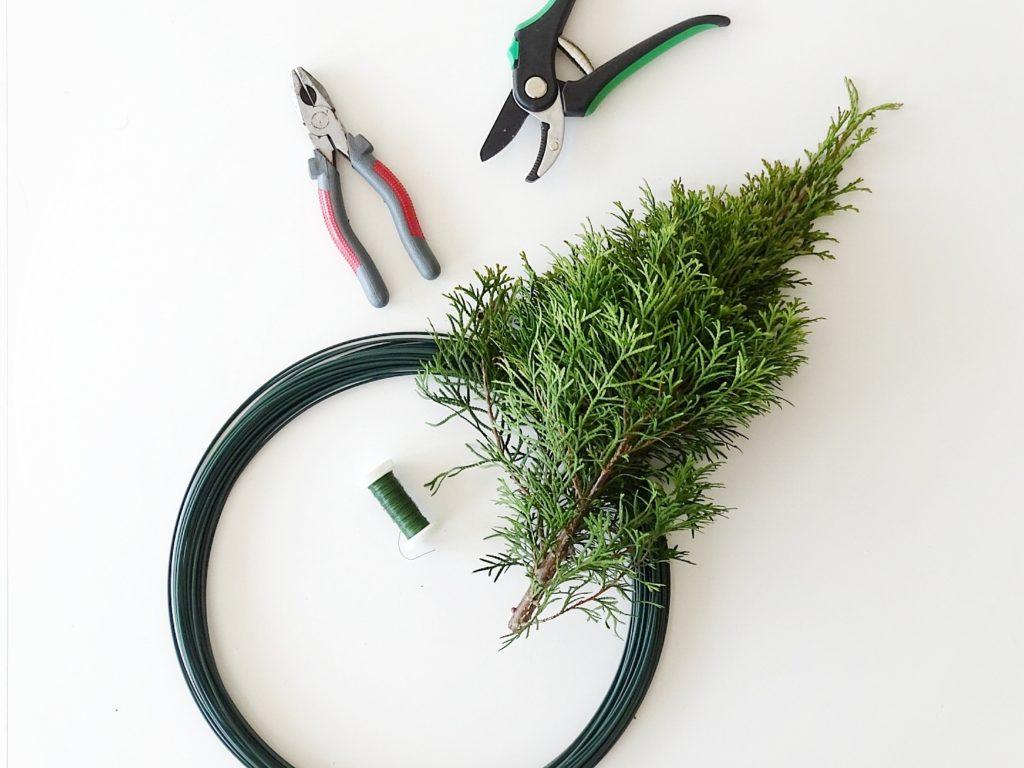 DIY-Kranz mit Eukalyptus | Draht-Herz mit Eukalyptus und Thuja | 5 Wochenlieblinge in 12 Bildern | Personal Lifestyle, DIY, Interior Blog | Auf der Mammiladen-Seite des Lebens