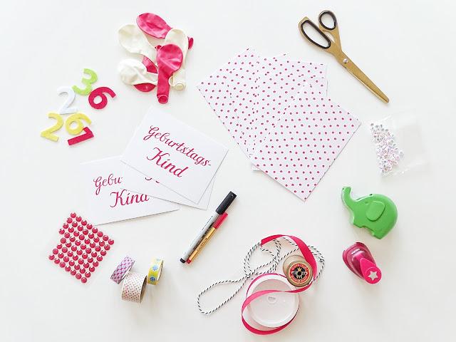Gekaufte Einladungskarten aufhübschen und individualisieren | 12 Nachmach-Tipps und DIY-Ideen im Juni | www.mammilade.blogspot.de