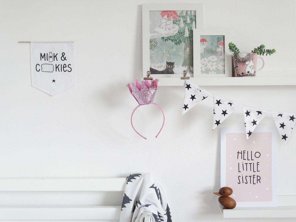DIY-Moomin-Bild aus Verpackungsresten als DIY-Kinderzimmer-Deko - http://mammilade.blogspot.de - Fotoaktion #12von12