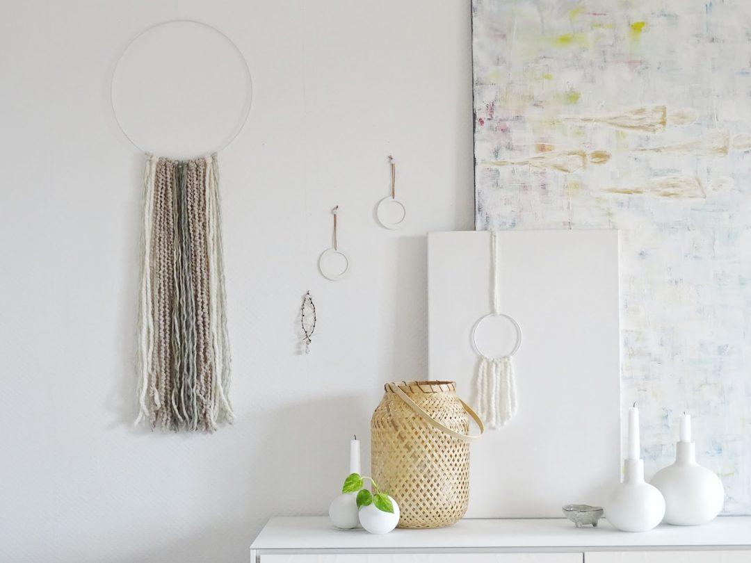 diy deko ideen mit wollresten und h bschen verpackungen f r die wand 12 wohn deko und diy. Black Bedroom Furniture Sets. Home Design Ideas