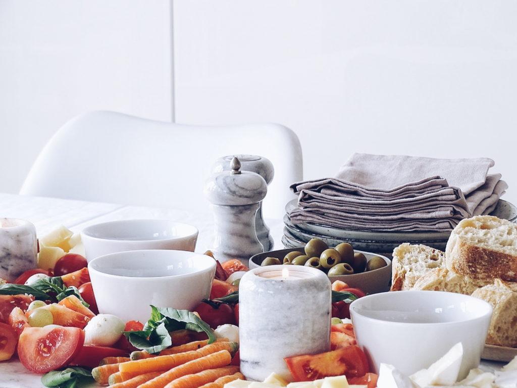 Selbstmach-Salatplatte mit Essig-Verkostung - 12 DIY-Nachmach-Ideen, Deko-Inspirationen und Rezepte für den November - https://mammilade.blogspot.de
