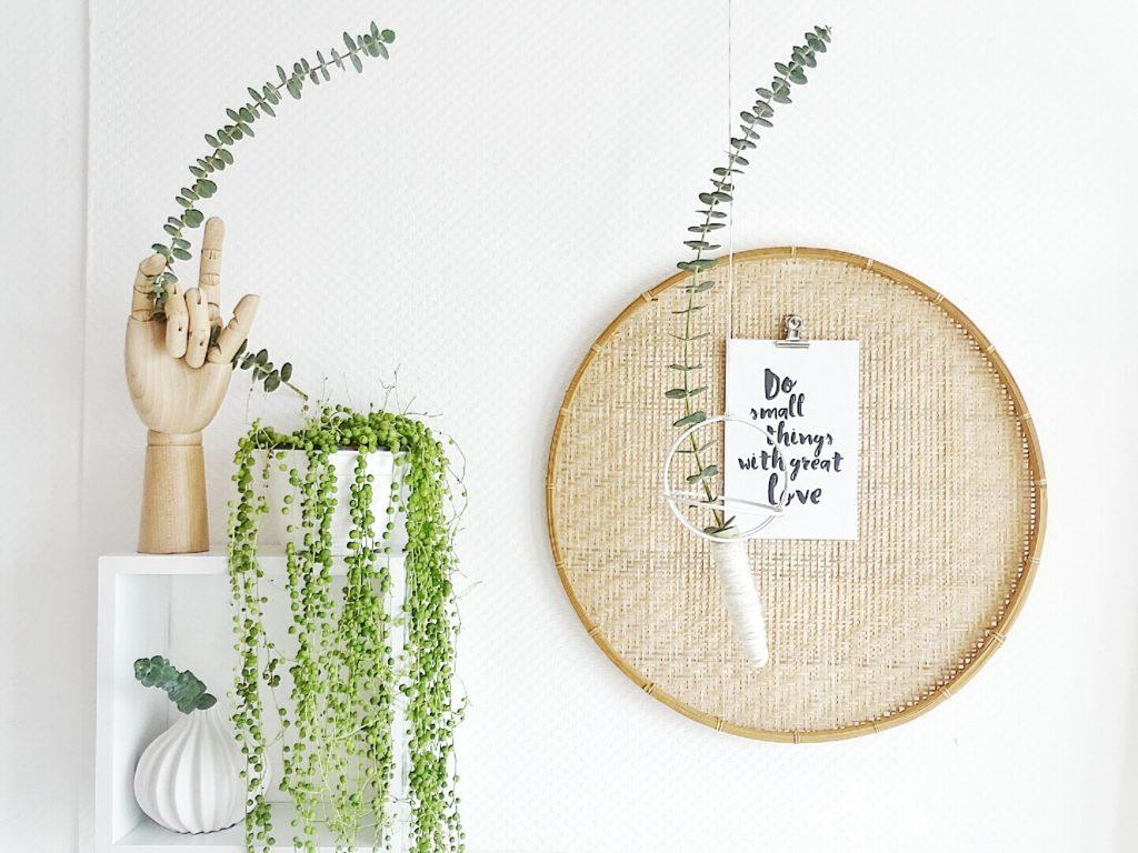 Hängende DIY-Vase aus Ochideen-Röhrchen als Upcycling | 10 DIY-Nachmach-Ideen und Rezepte für den Februar | https://mammilade.blogspot.de