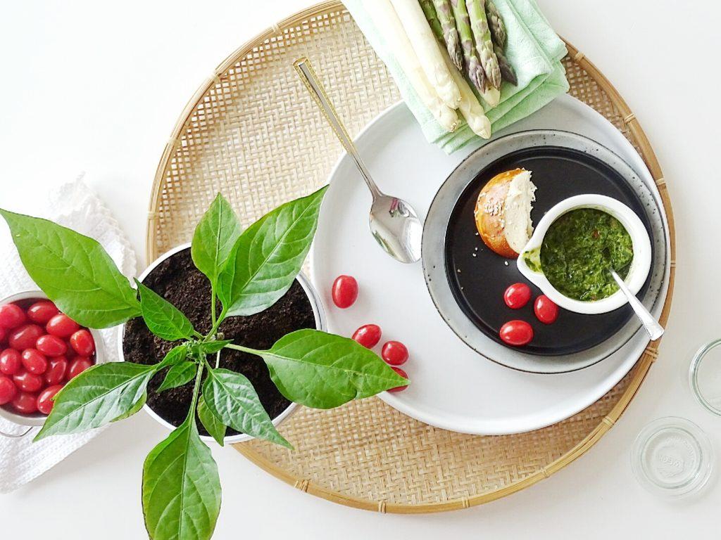 Spargel-Pesto mit Bärlauch und Chili | 26 DIY-Nachmach-Ideen und Rezepte für den Mai | https://mammilade.blogspot.de