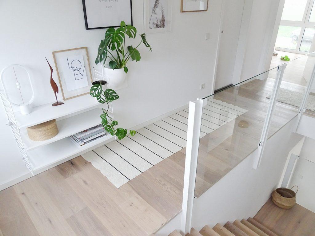 Deko- und Gestaltungsideen im Flur - Deko-Ideen mit Pflanzen/ der Monstera | Fotoaktion #12von12 - 1 Tag in 12 Bildern | https://mammilade.blogspot.de