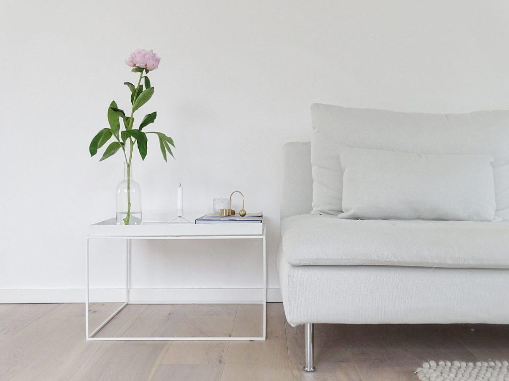 Deko-Ideen mit Pfingstrosen im Wohnzimmer | Fotoaktion #12von12 - 1 Tag in 12 Bildern | https://mammilade.blogspot.de