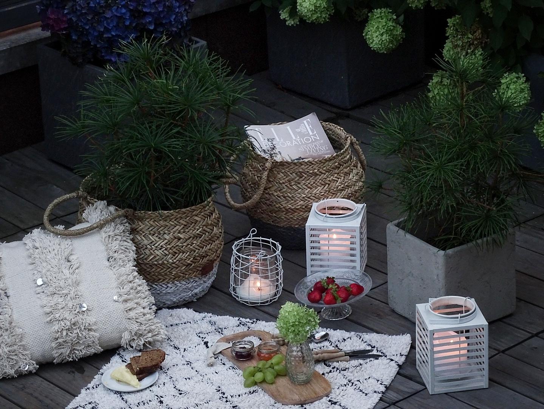 Outdoor Picknick und Körbe und Textilien als wahre Deko-Klassiker