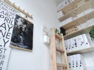 DIY-Wandregal, ein Arbeitszimmer auf 6qm und In 5 Schritten zum hübsch organisierten Arbeitszimmer | mammilade.com