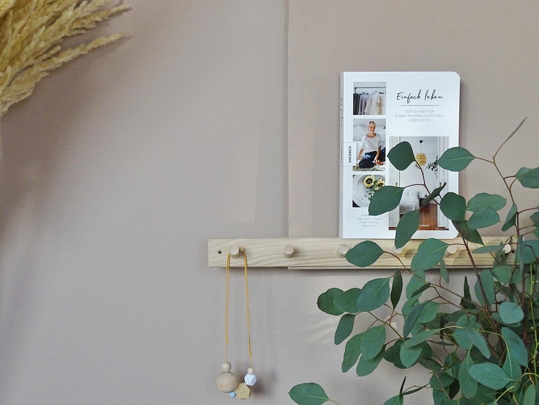 DIY-Ablageboard | Warme Wandfarbe für mehr Behaglichkeit | Schlafzimmer-Makeover | mammilade.com