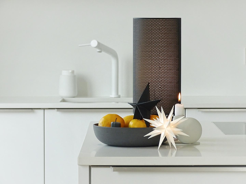 Minimalistische, skandinavische Weihnachtsdeko in der Küche | 1 Tag in 12 Bildern #12von12 | mammilade.com