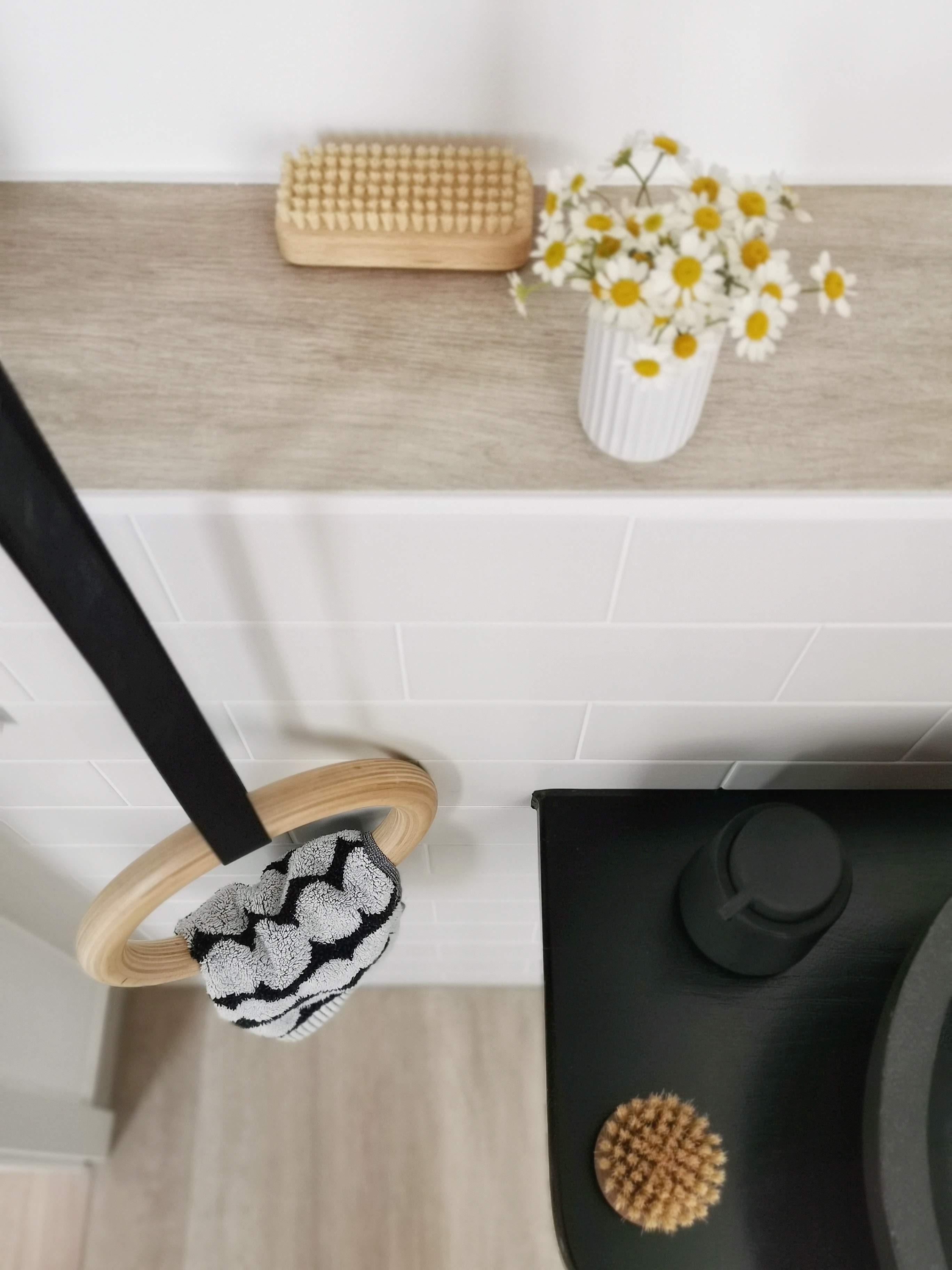 DIY-Handtuchhalter aus Holz-Turnringen | mammilade.com
