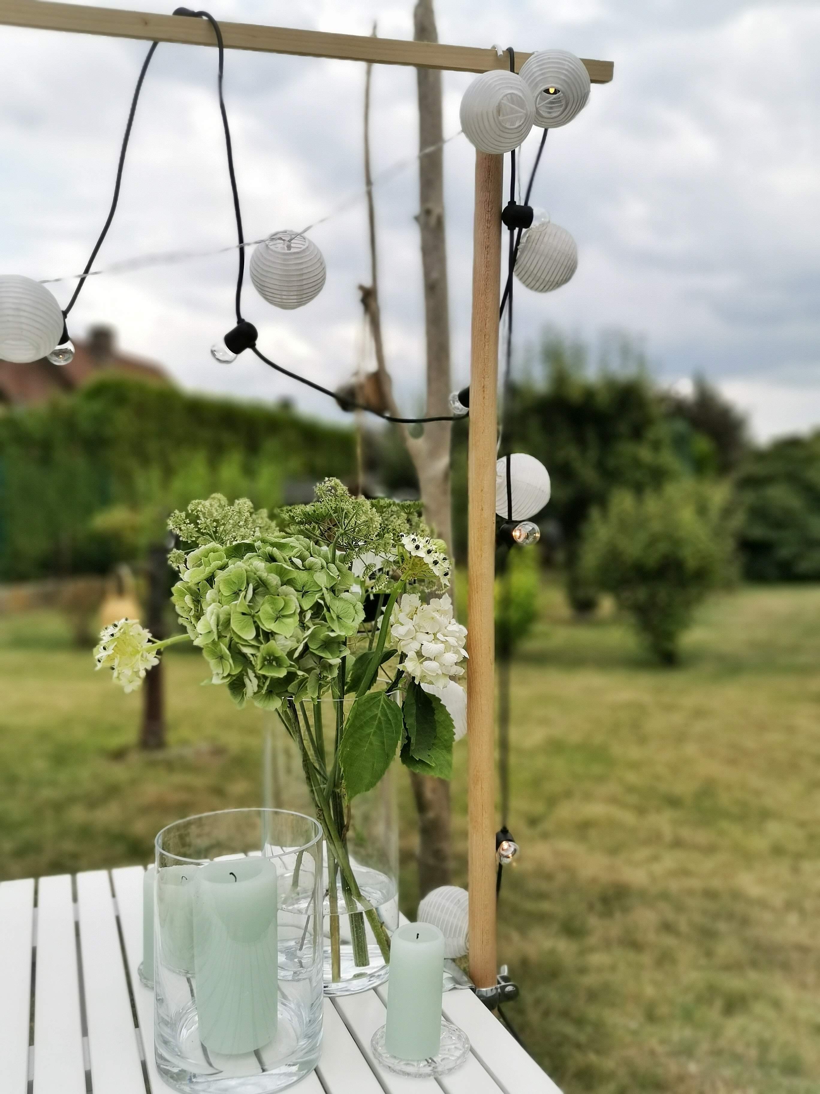 DIY Tafelklemme aus Holz für den Gartentisch - beleuchtbar und dekorativ | mammilade.com